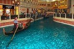 the grand canal at the venetian las vegas