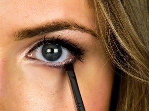 How To Do Cute Eye Makeup For School