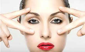 Most Effective Remedies to Reduce Under Eye Puffiness and Ways to Cure it