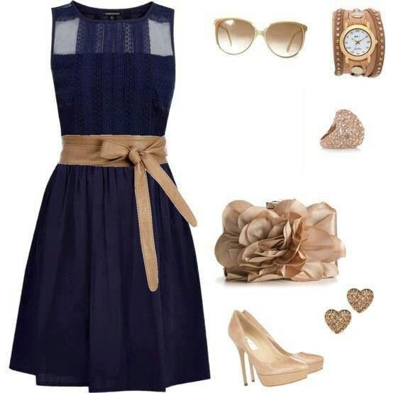 How To Accessorize A Navy Blue Dress